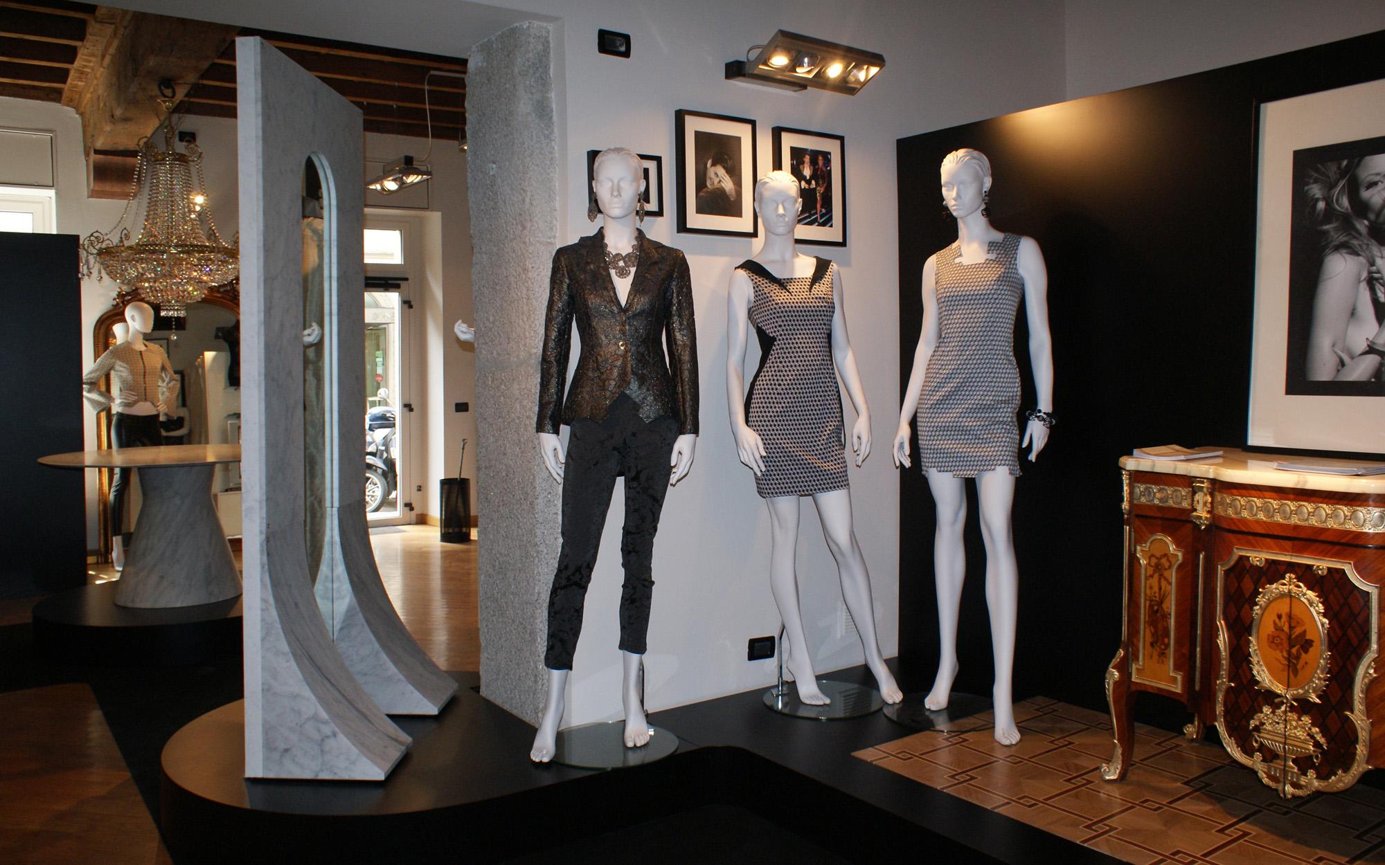 DRESS CODE: MARBLE & WOOD