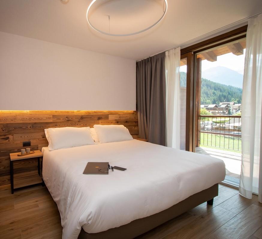 NIRA Mountain Resort